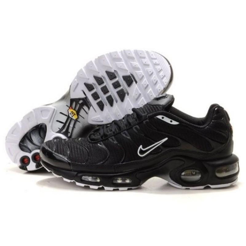 chaussure nike tn en blanc noire